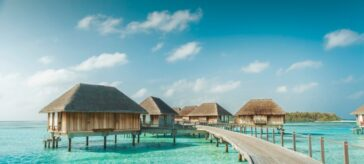 Maldives bans Indian tourists